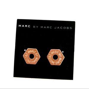MARC JACOBS Rosegold open bolt logo stud NWT